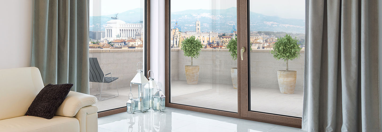 Drevo-hliníkové okná
